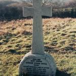 سنگ قبر دویل در مینستد، انگلیس